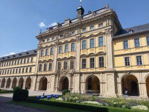 StadtVERführungen 2020: Wein hoch drei – Hofkeller ...
